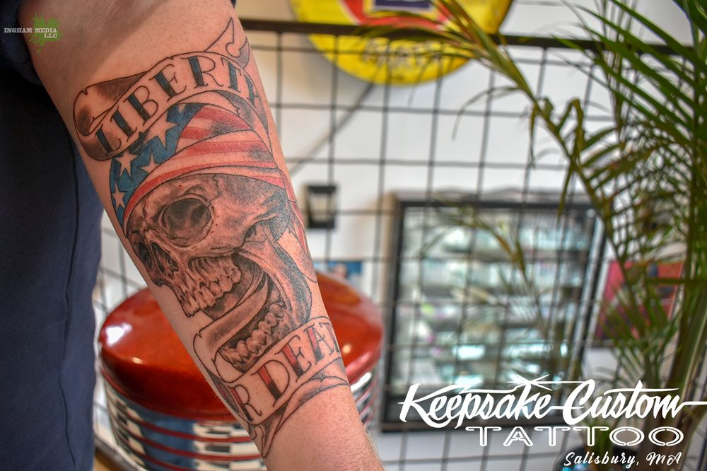 Keepsake Custom Tattoo & Body Piercing: 213 Lafayette Rd, Salisbury, MA