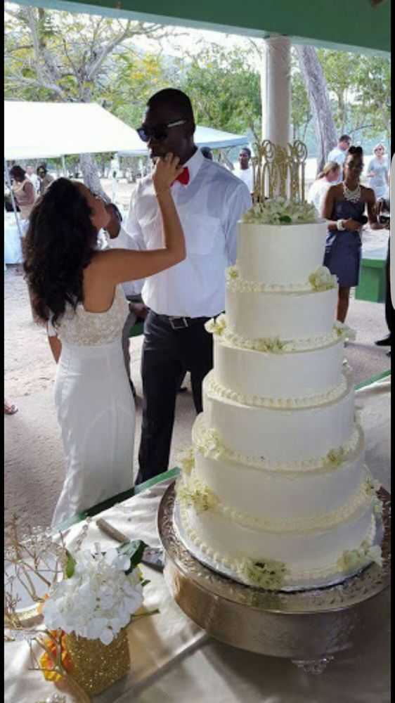 Shelly Cakes and Catering: Saint Thomas, VI