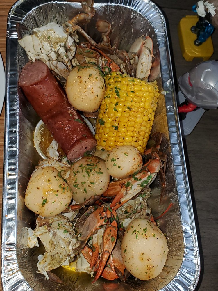 Saturdays Choice Seafood: 21703 Great Mills Rd, Lexington Park, MD