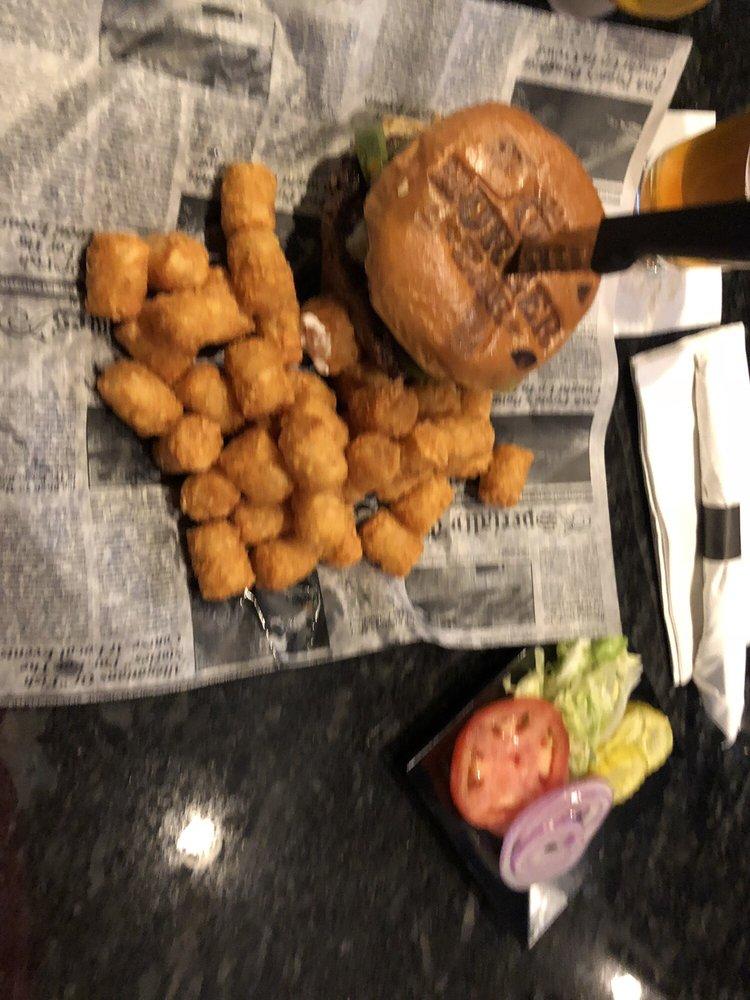 Detroit Burger Bar