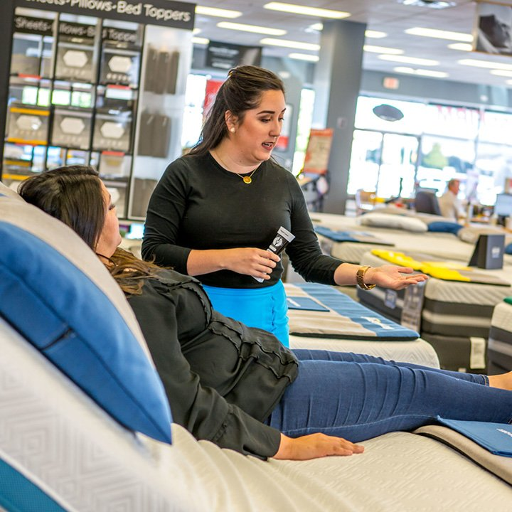 Mattress Firm Sun Lakes Village: 300 S Highland Springs Ave, Banning, CA