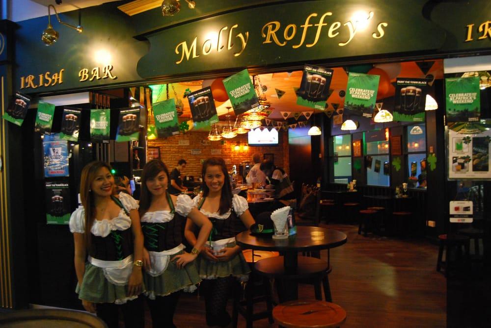 Molly Roffey's Irish Pub Singapore