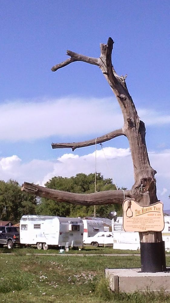 Hangin Tree Rv Park And Gas: US Hwy S 550, Montrose, CO