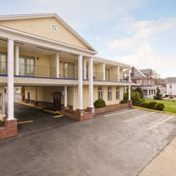 Photo Of Days Inn Waynesboro Pa United States