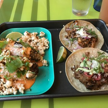 Trail Break Taps Tacos 47 Photos 76 Reviews Tacos 129 S