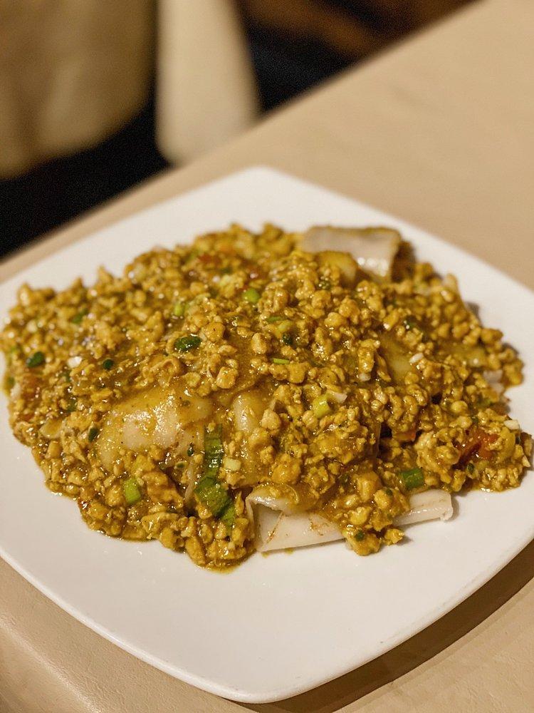 Thai Gourmet: 6324 Richmond Ave, Houston, TX