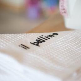 photo of il pallino arredo bagno alba cuneo italy dettaglio asciugamano