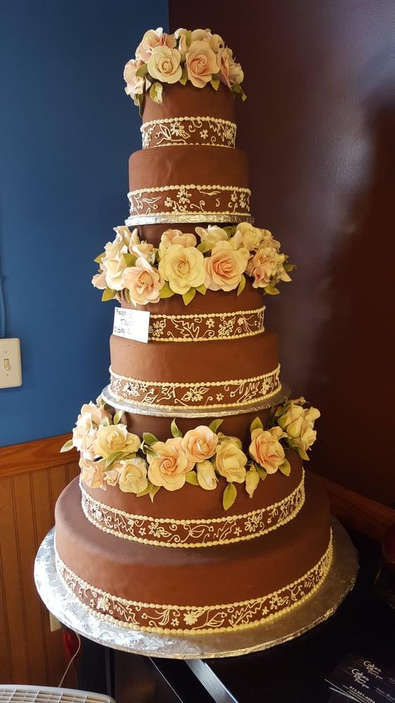 Cakes Plus: 9612 W Linebaugh, Tampa, FL
