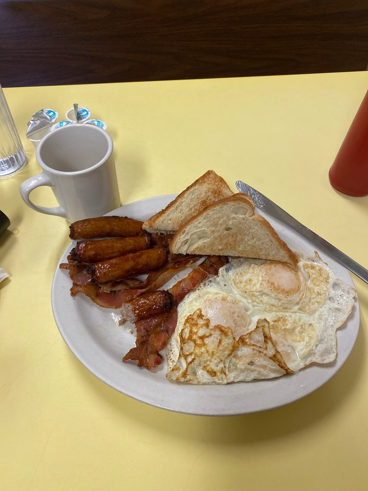 Megan's Family Restaurant: 114 Main St N, Aurora, MN