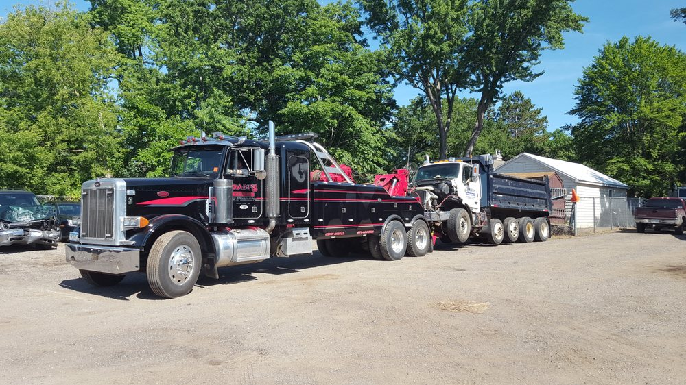 Dan's Towing And Recovery: 75 5th Ave SW, Forest Lake, MN