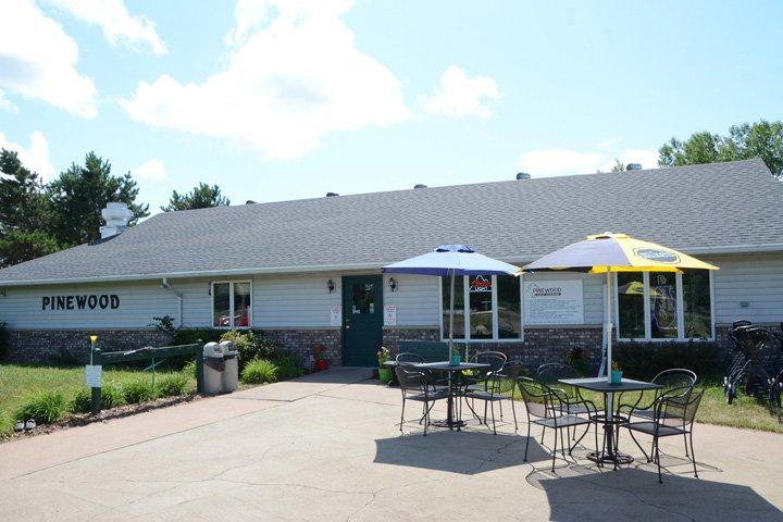 Pinewood Golf Club & Restaurant: N4545 440th St, Menomonie, WI