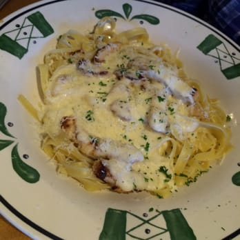 Photo Of Olive Garden Italian Restaurant   Columbia, MO, United States.  Chicken Alfredo