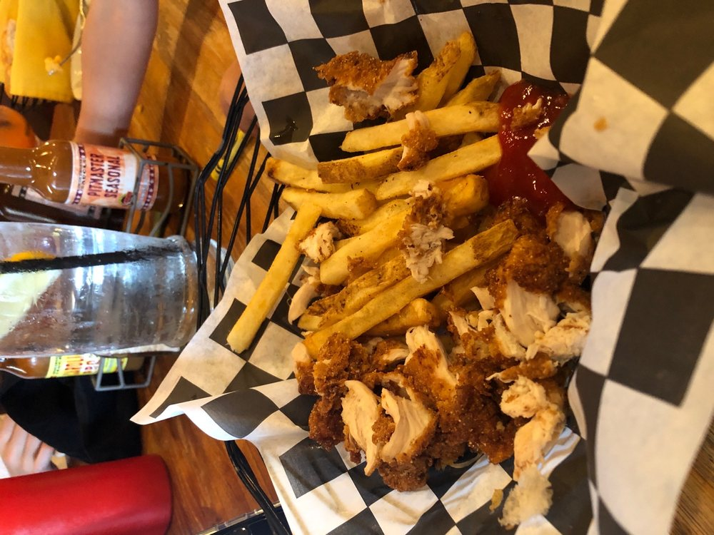 Hank's Grille & Catering: 49 Bloomer Springs Rd, McGaheysville, VA
