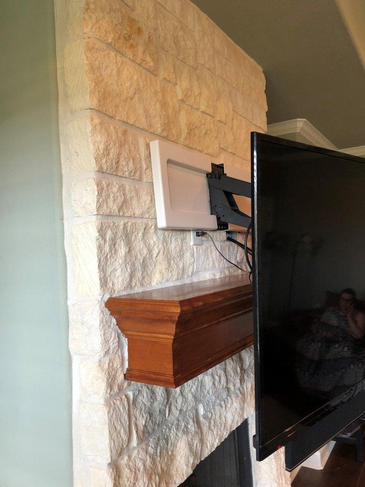 Custom TV Mounting Plus: College Station, TX