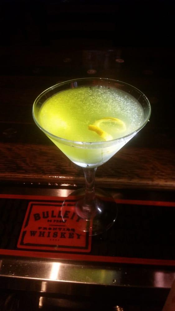 Bar Ten: 114 S Broadway Ave, Riverton, WY