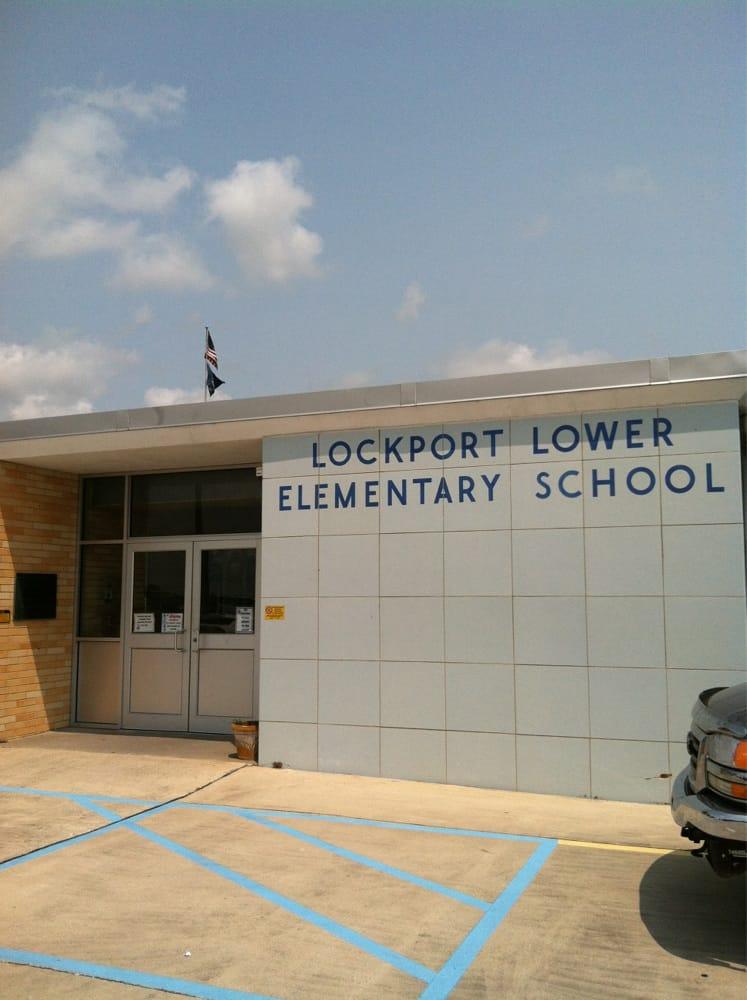 Lockport Lower Elementary School: 1421 Crescent Ave, Lockport, LA