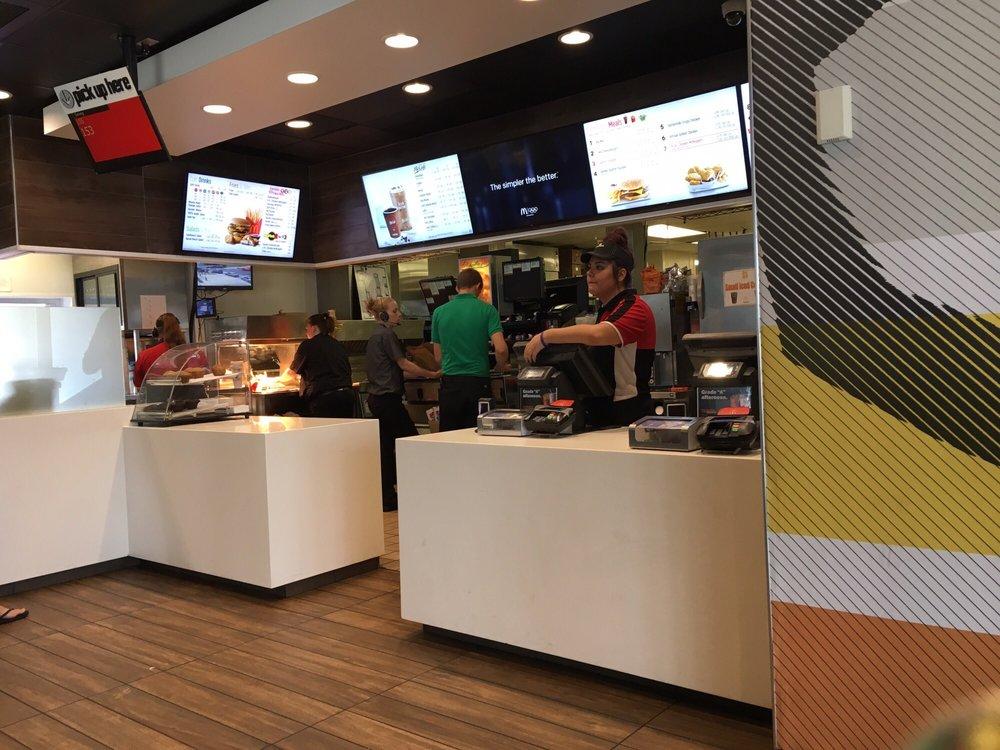 McDonald's: 960 W Reynolds St, Pontiac, IL