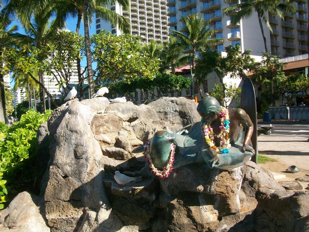 Makua and Kila Sculpture