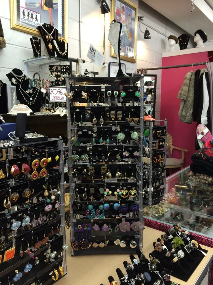 Jewelry corner of store yelp for Jewelry consignment shops near me