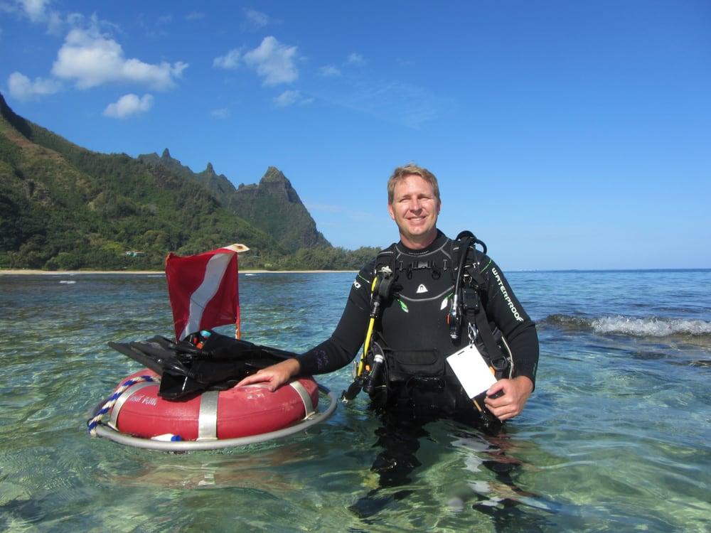 Makana O Kauai Scuba Adventures: 4327 Anini Rd, Kilauea, HI