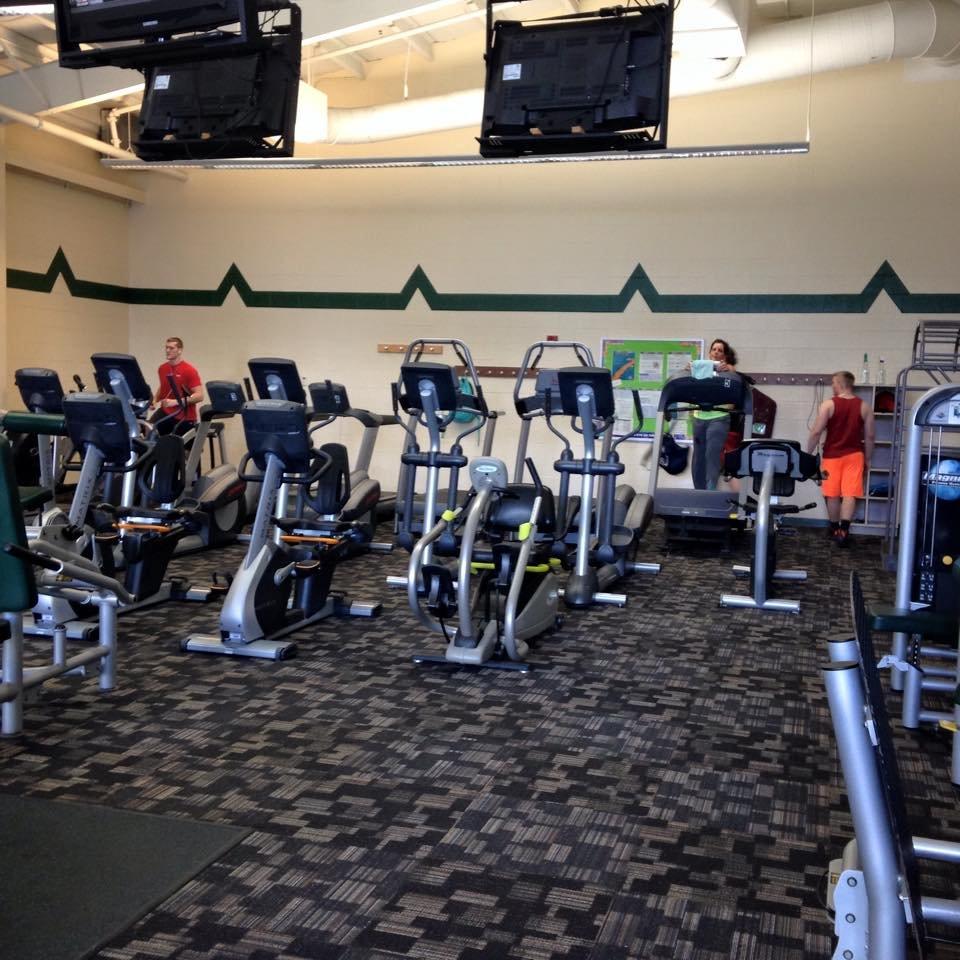 Towpath Trail YMCA: 1226 Market Ave NE, Navarre, OH