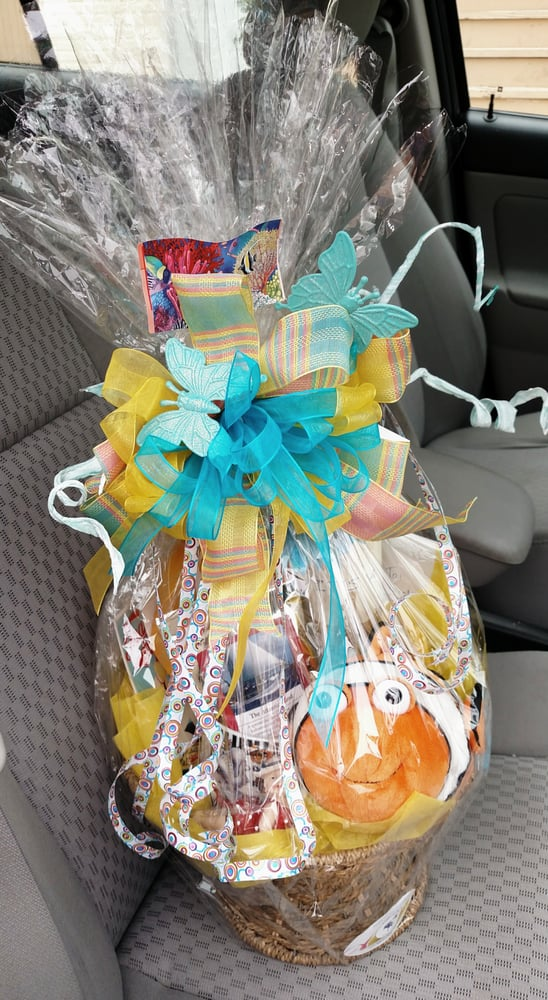 Daughter of a Rose Gift Baskets: 24 N Sovereign Ave, Atlantic City, NJ