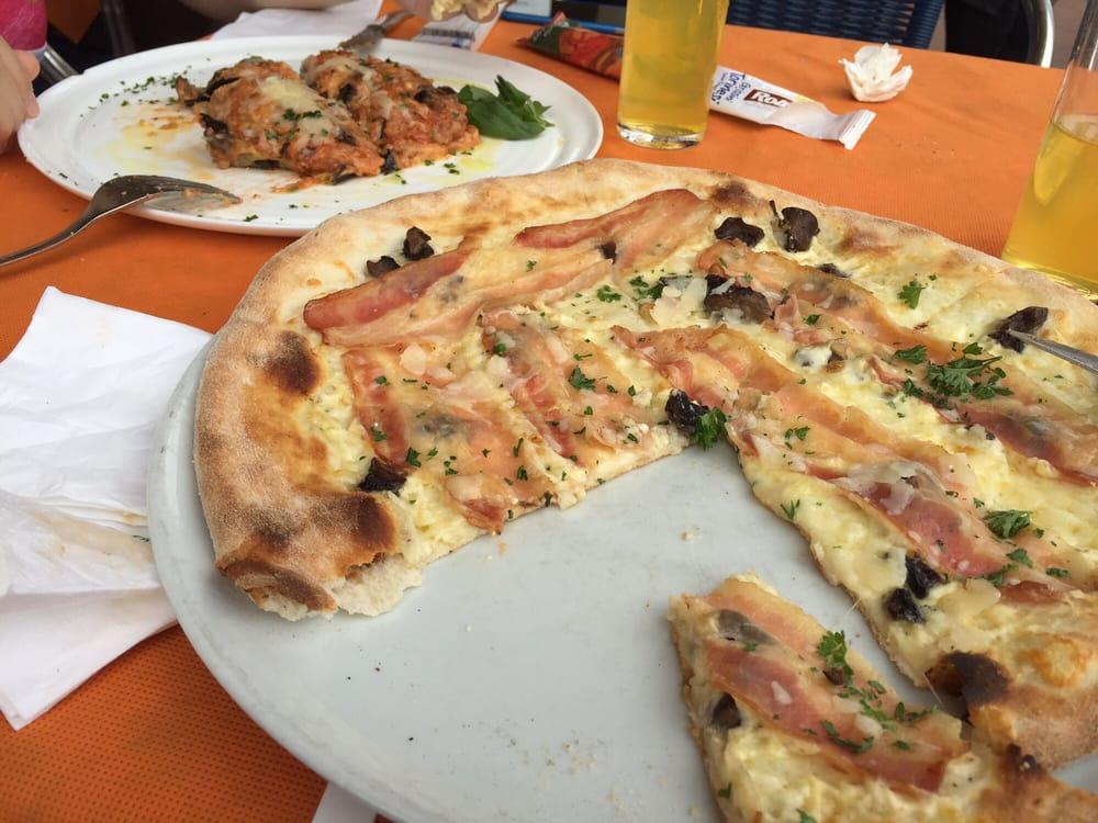 Pizzorante bellavista cucina italiana camino club de for Bella j cucina