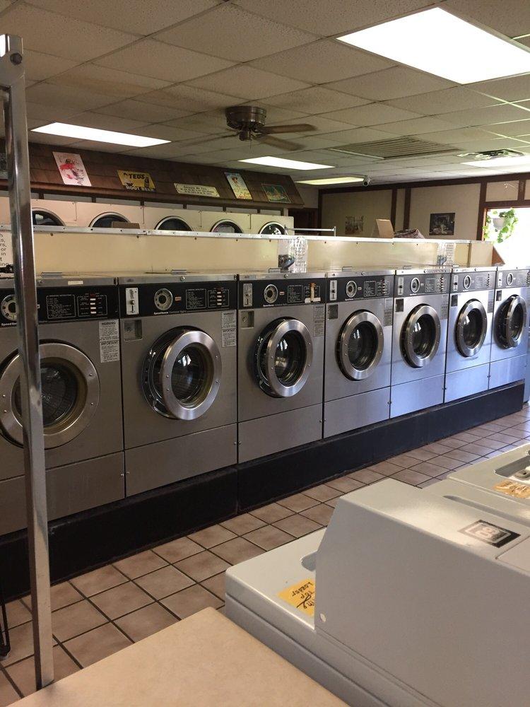 Sunshine Laundry & Dry Cleaning: 202 Saint Louis Ave, Fulton, MO