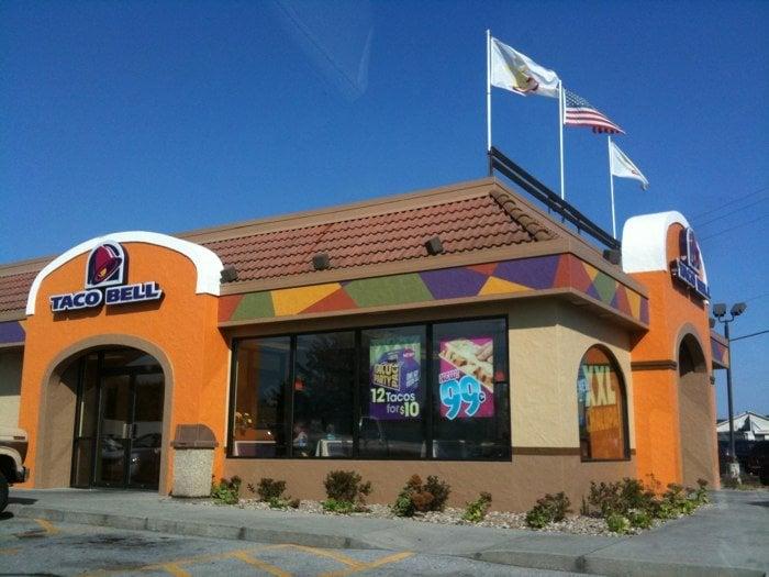 Taco Bell: 516 W Plank Rd, Altoona, PA
