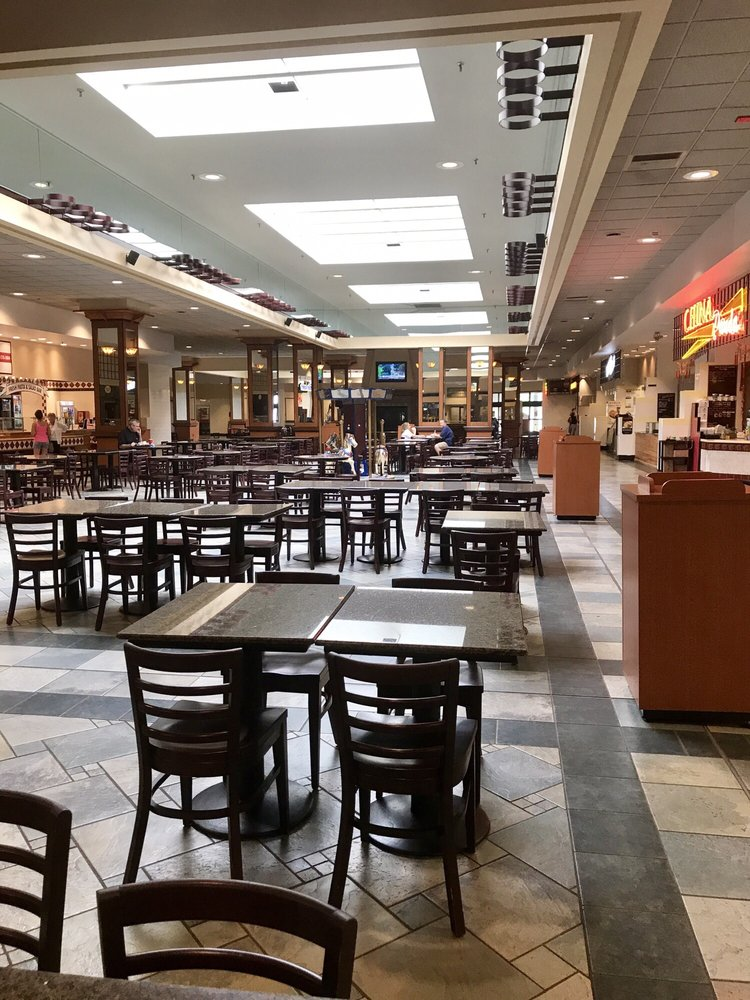 Eastern Hills Mall: 4545 Transit Rd, Williamsville, NY