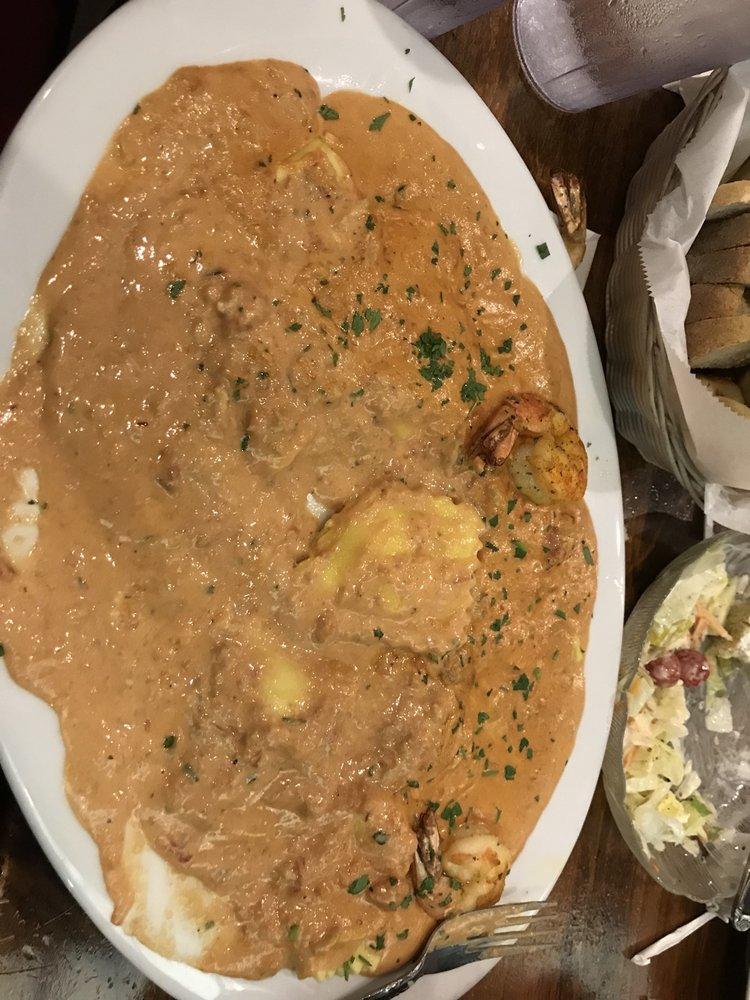Mazzella's Italian Restaurant: 729 Philadelphia Pike, Wilmington, DE