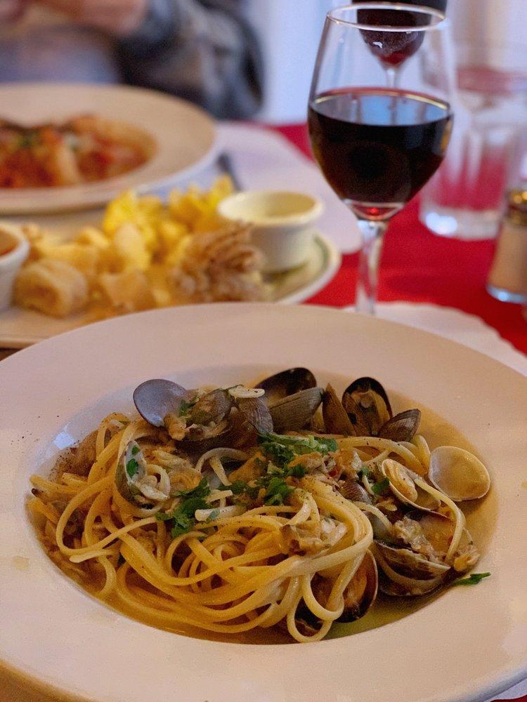 LoCoco's Cucina Rustica: 117 4th St, Santa Rosa, CA