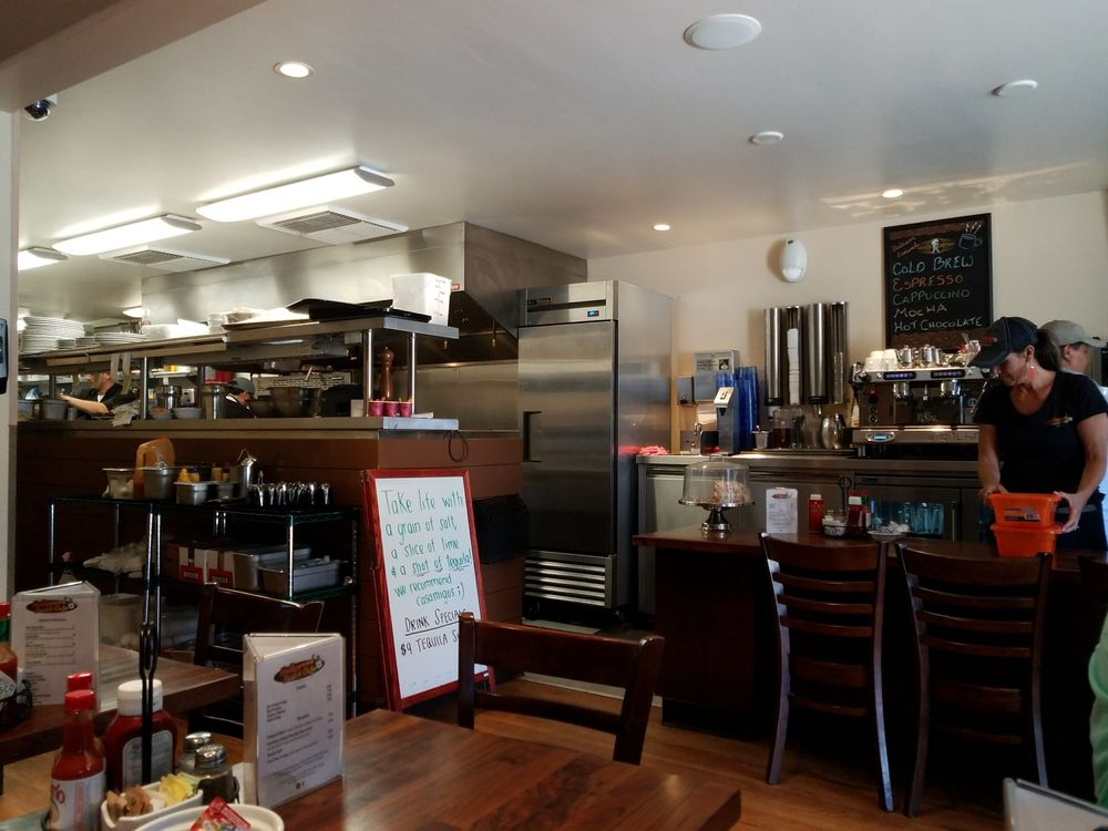 Hollywood Beach Cafe Oxnard Ca