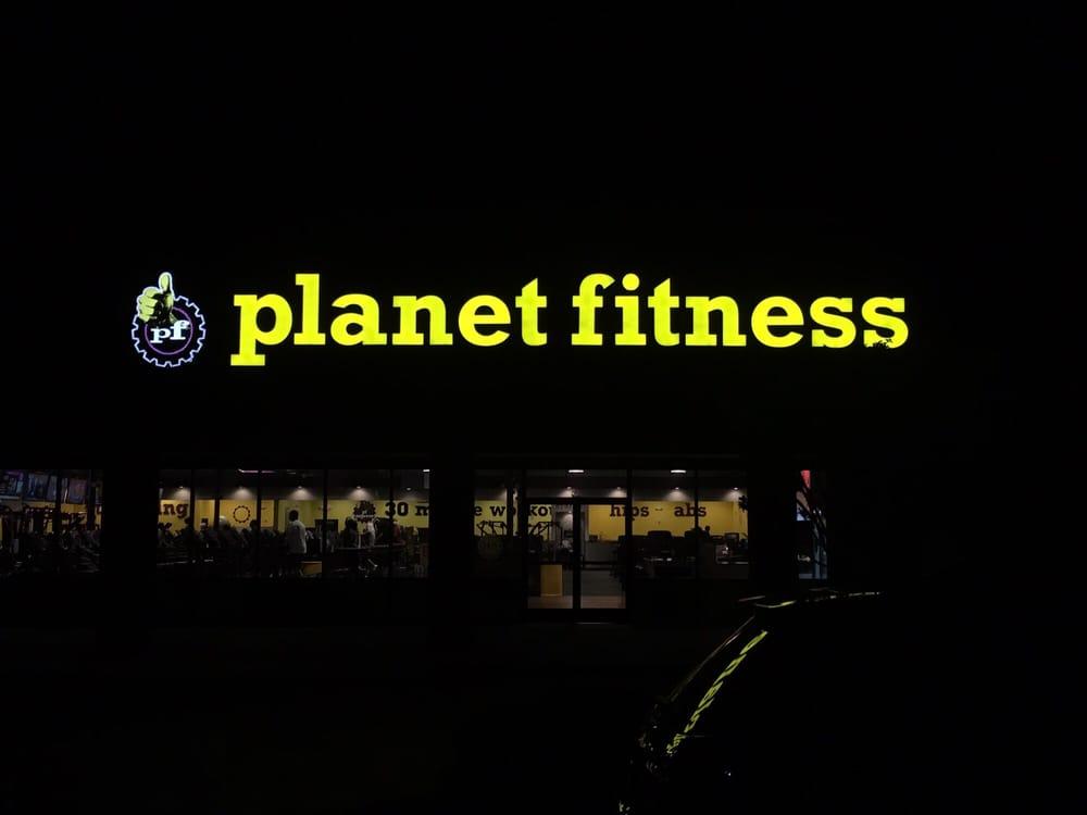 Planet Fitness Crestline 11 Reviews Trainers 4500 Montevallo