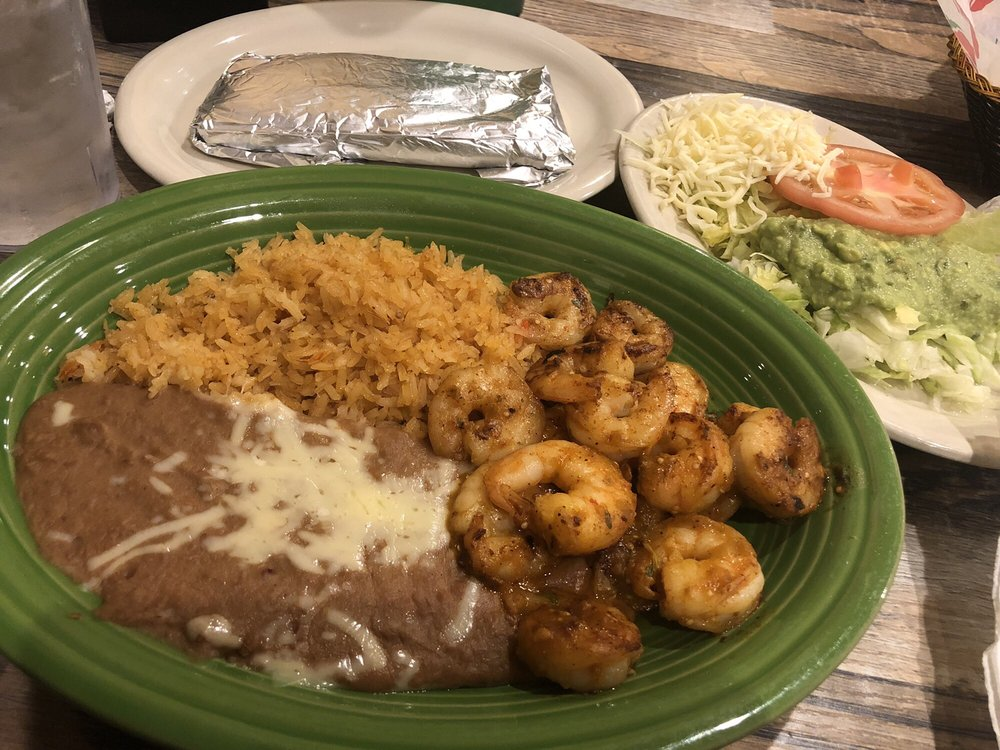 La Fiesta Mexican Restaurant: 1400 S 5th Ave, Canton, IL