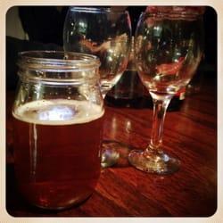Boneshakers tap house pizzeria closed 31 photos 33 for Craft beer san antonio