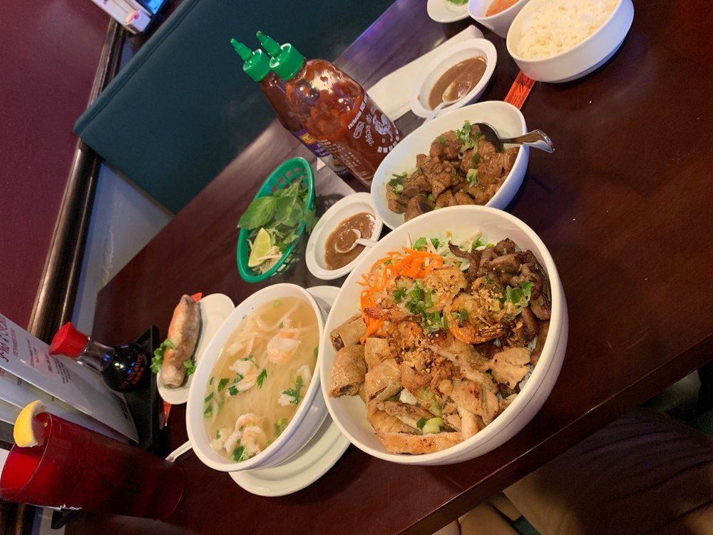 Pho House: 720 Brownswitch Rd, Slidell, LA