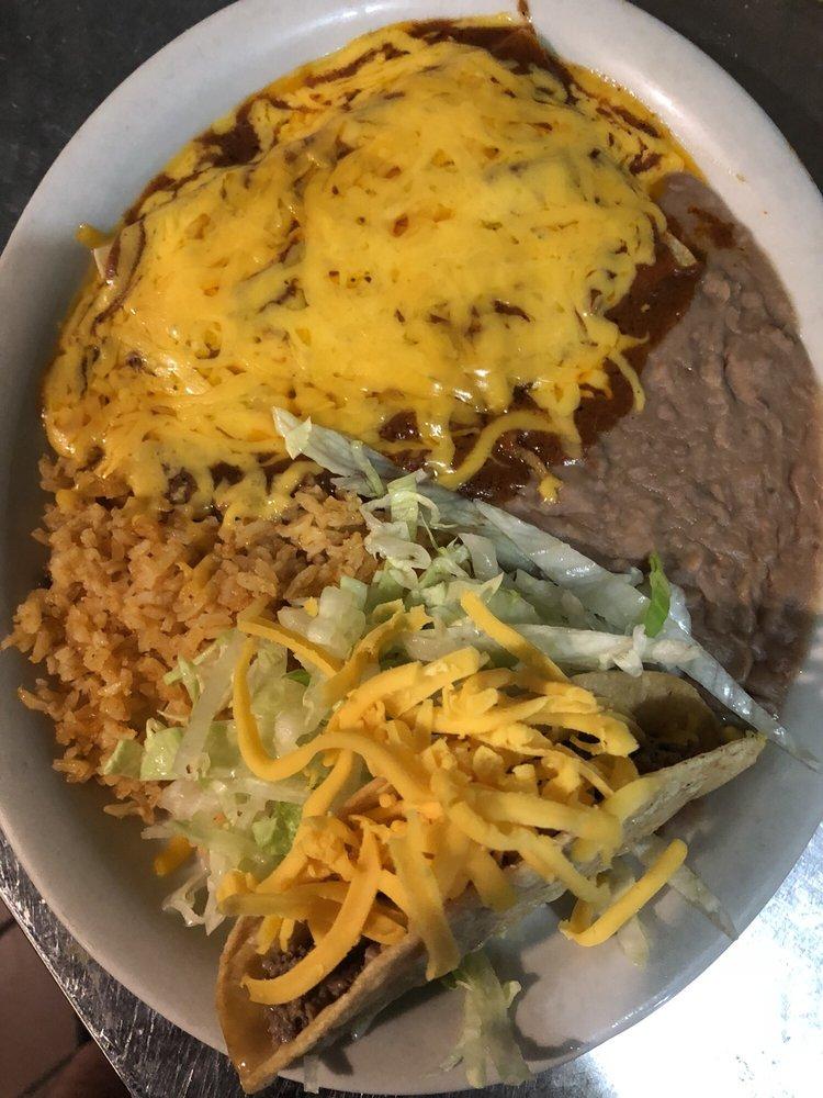 Jalisco Mexico Taqueria: 506 Nueces St, George West, TX