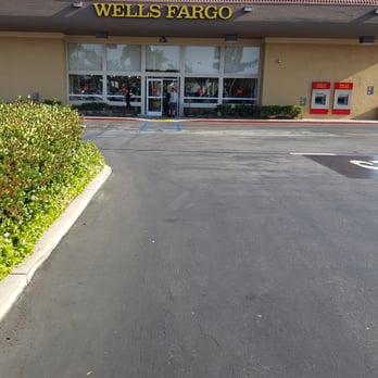 Wells Fargo Bank 29 Reviews Bank Building Societies 3925 S Bristol St Santa Ana Ca