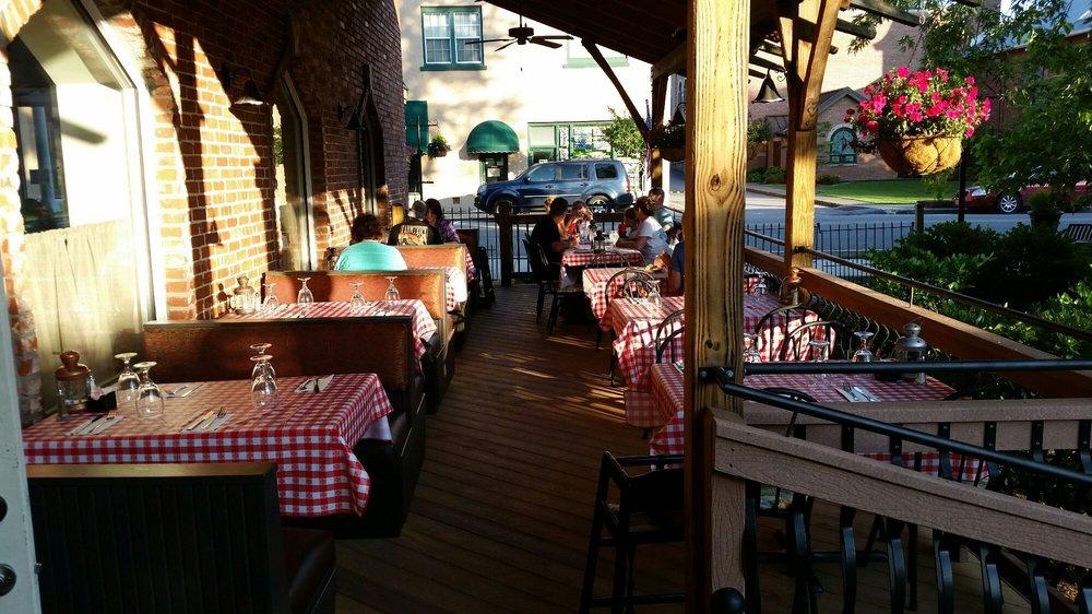 Granieri's Italian Restaurant: 983 Main St, Andrews, NC