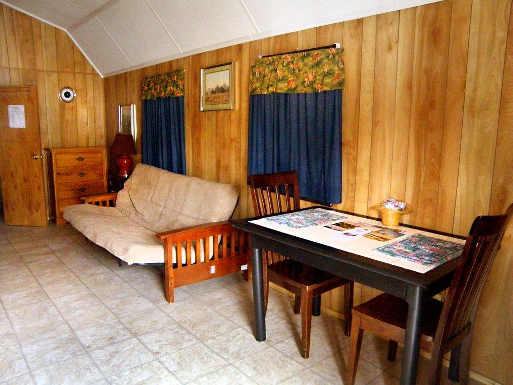 Barefoot Bay RV Resort & Marina : 5244 Fm 1520, Pittsburg, TX