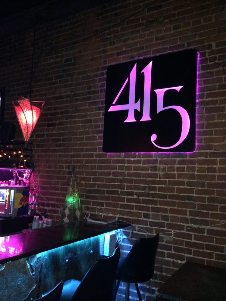 Bar 415