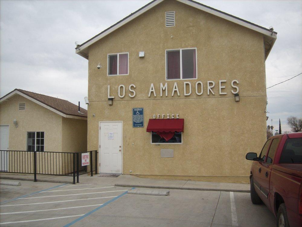 Los Amadores: 1890 7th St, Mendota, CA