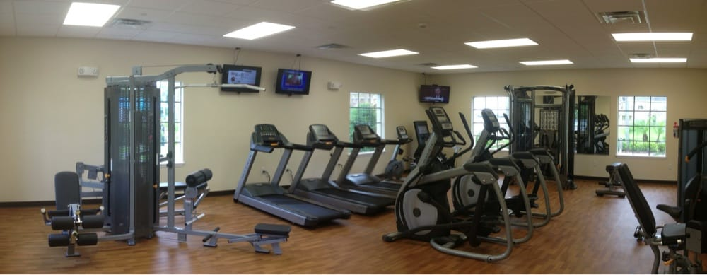 Vista Lakes Recreation Center: 8841 Lee Vista Blvd, Orlando, FL