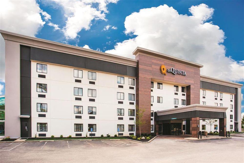La Quinta by Wyndham Cincinnati NE - Mason: 9918 Escort Dr, Mason, OH