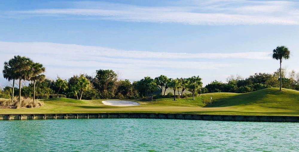 Laurel Oak Country Club: 2700 Gary Player Blvd, Sarasota, FL