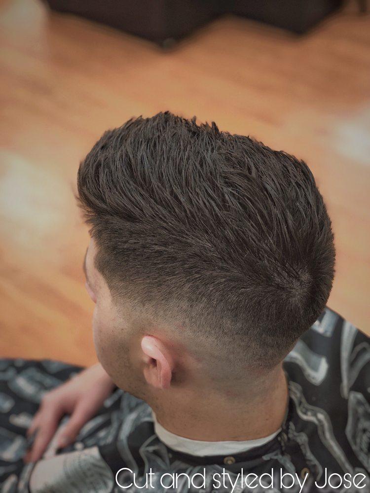 Parkside Barber Shop & Grooming Lounge: 10833 W Broad St, Glen Allen, VA