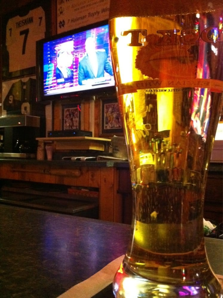Schultz's Sport Bar: 1307 N 5th St, Superior, WI
