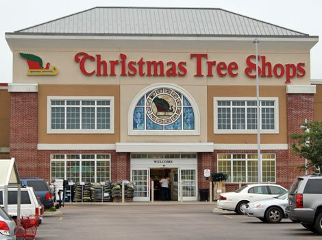 Christmas Tree Hill - Christmas Trees - 65 Outlet Sq, Hershey, PA ...