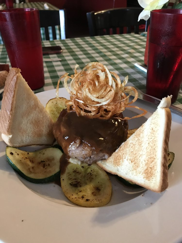Mama Chucha's Cafe: 114 Monument St, Crawfordville, GA